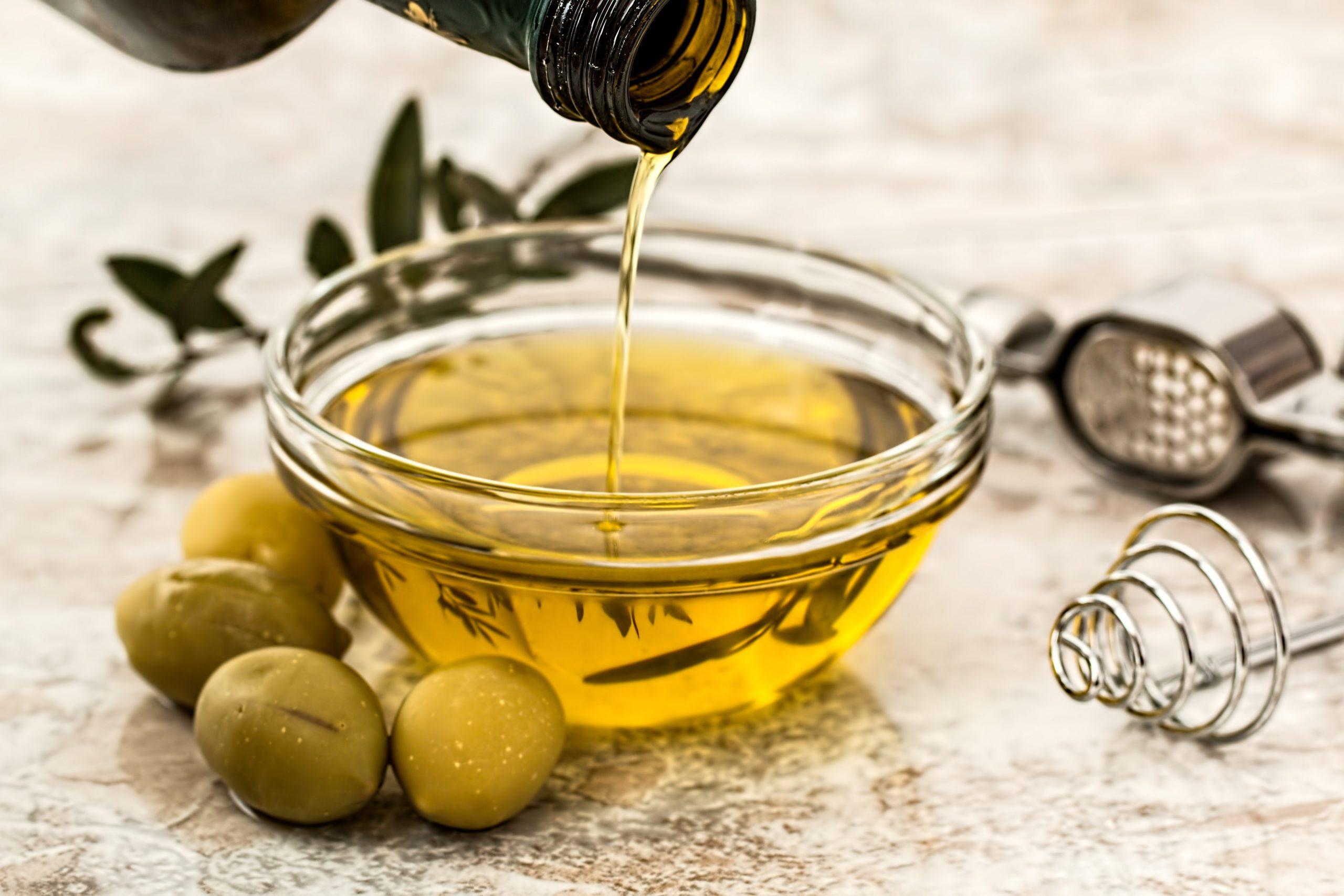 el-aceite-esencial-una-buena-idea-para-calmar-el-hambre